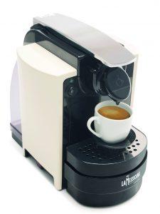 Macchina da caffè Espresso con Sistema Lavazza Blue